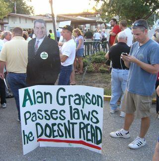 2009-10-12 Grayson town hall (32) cardboard