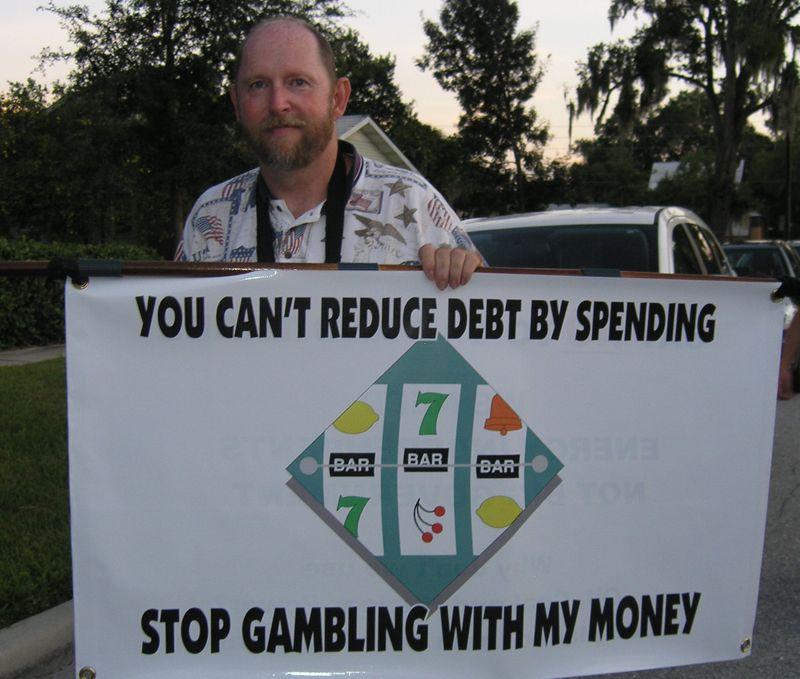 2009-10-12 Grayson town hall (52) gambling