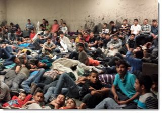 Immigrant-children-obama-dumps-on-arizona-2014