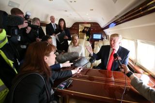 Trump-jet-gaggle