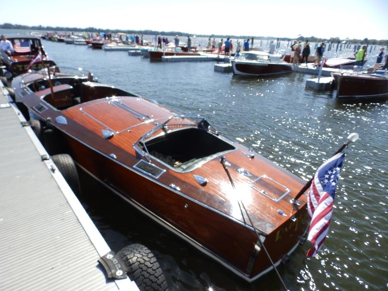 2019-03-23 Sunnyland Antique Classic Boat Show Tavares FL (143)