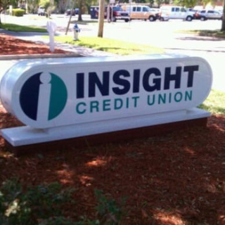 Insight Credit Sign